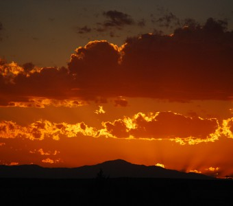 photo-gallery-JanetKravig-Sunset over Pikes Peak (1)